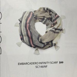 Stella & Dot embarcadero infinity scarf